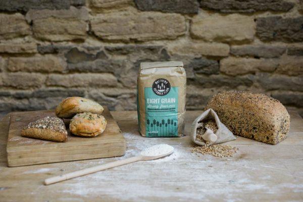 Matthews_Flour_Product-Eight Grain in use